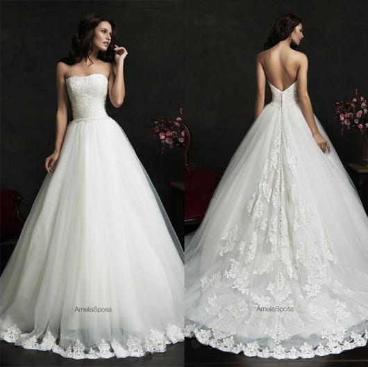 Vestido de Noiva Tomara que Caia com bordado
