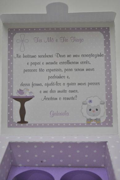 Caixa com decoração em lilás.