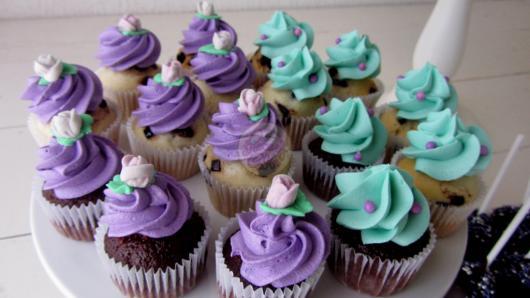Cupcake Princesa Sofia gostoso de ganache