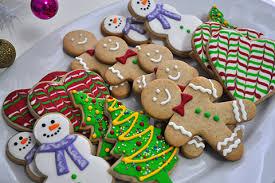 Biscoitos Decorados de Natal no formato de boneco de neve