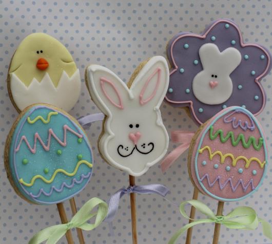 Biscoitos Decorados de Páscoa no formato de coelho