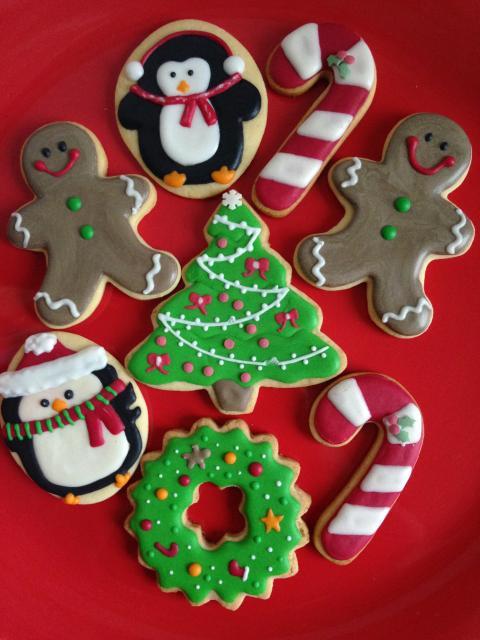 Biscoitos Decorados de Natal no formato de árvore de Natal
