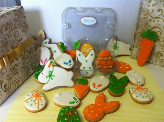 Biscoitos Decorados de Páscoa grnades no no formato de coelho laranja