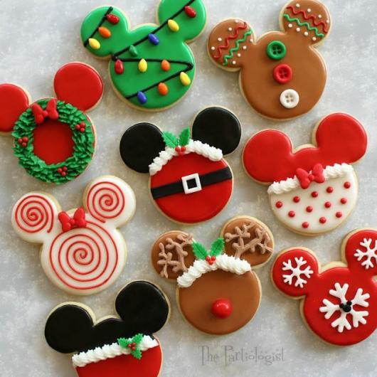 Biscoitos Decorados de Natal no formato do Mickey