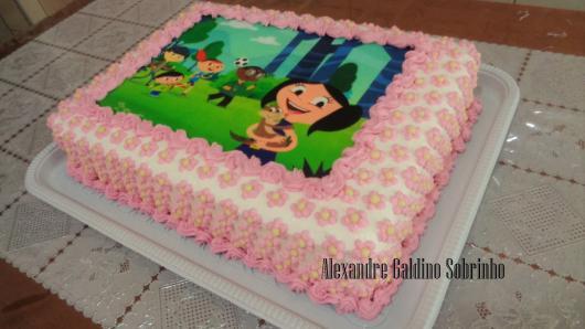 bolo simples rosa e branco