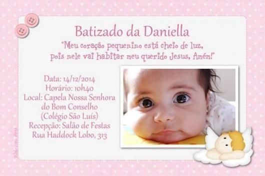 Convite de Batizado com foto e fundo rosa co bolinhas brancas