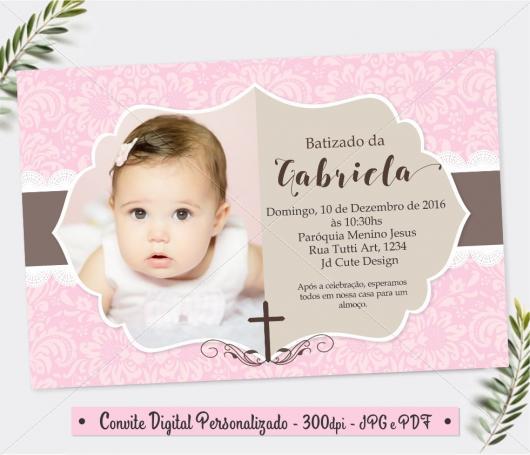 Convite de Batizado com foto e fundo rosa com flores