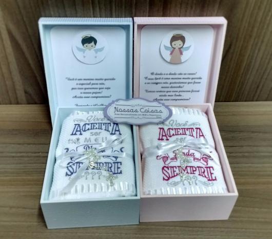 Convite de Batizado para padrinhos caixinha com toalhinha personalizada