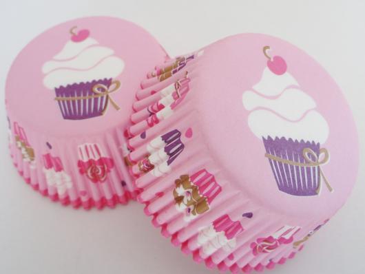 Cupcakes Decorados wrapper com estampa de cupcake