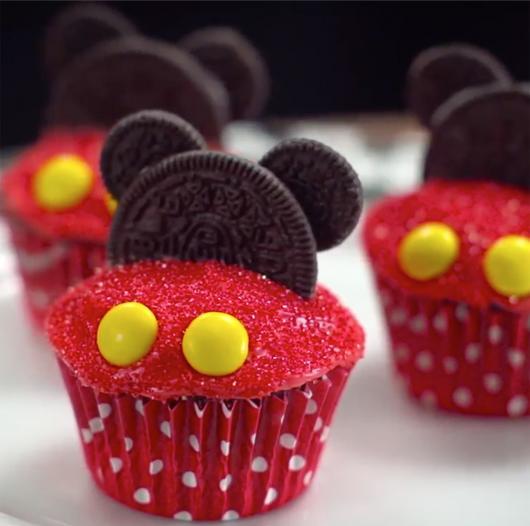 Cupcakes Decorados do Mickey com óreo