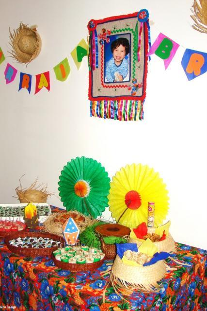 decoração colorida e simples