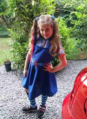 fantasia chiquititas com vestido azul