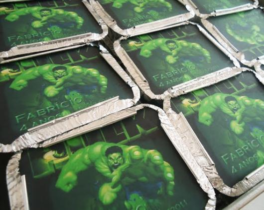Festa do Hulk modelo de lembrancinha marmita personalizada