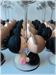 lembrancinhas de casamento de biscuit noivos porta retrato