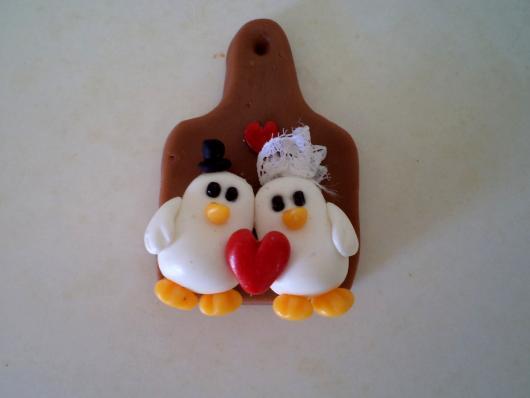lembrancinhas de casamento de biscuit ímã para geladeira