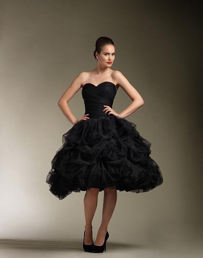 vestido de noiva preto curto