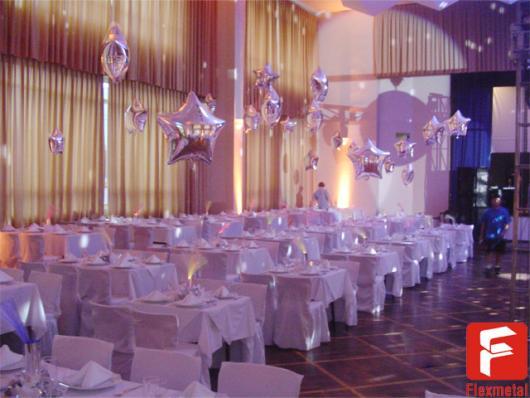 Balões Metalizados decoração branca de festa de casamento