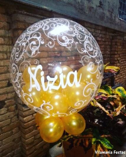 balão com bexigas dentro