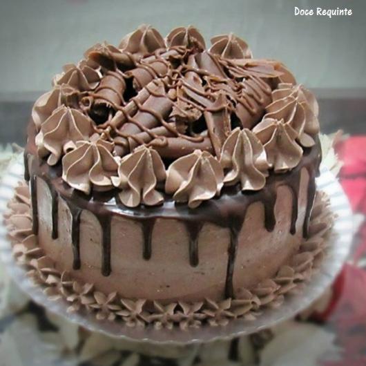 bolo de chantilly de chocolate