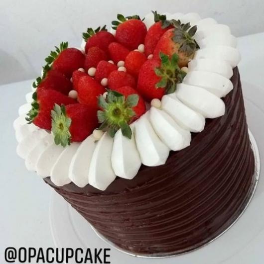 bolo com recheio