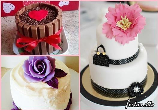 Bolo Dia das Mães mini bolo decorado com pasta americana branca e flor gigante