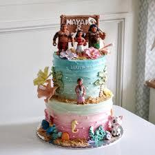 bolo fake Moana com efeito glacê