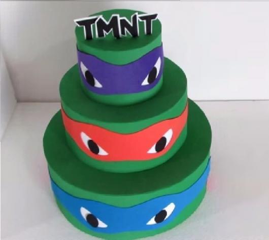 Dica de bolo fake de EVA bem simples de fazer