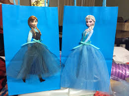 Como Embrulhar Presente com sacola da Frozen