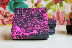 Como Embrulhar Presente com saco de apel rosa e preto
