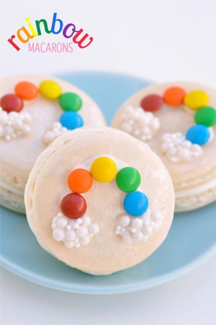 como fazer macarons decorados com arco-íris de confete