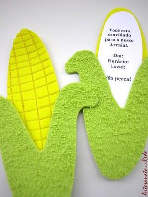 Convite Festa Junina com formato de milho