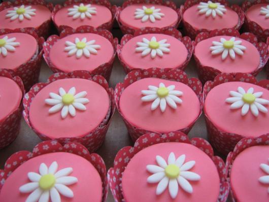 cupcake com pasta americana com wrapper