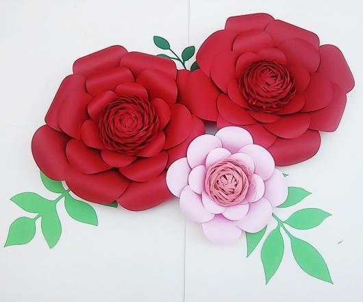 Decoração Dia das Mães com flores de papel