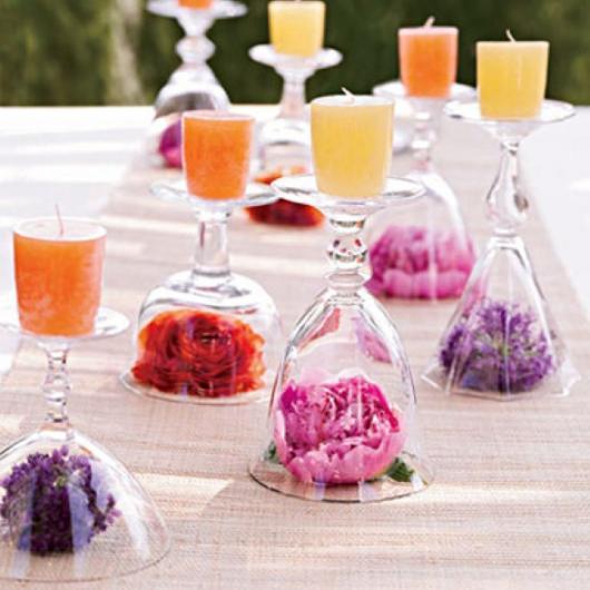 Decoração Dia das Mães para mesa com taças e velas