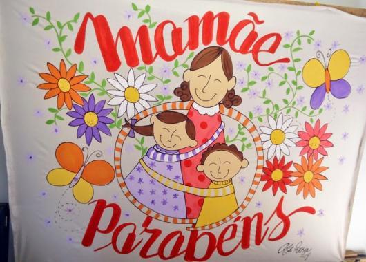 Decoração Dia das Mães para escola com painel pitado