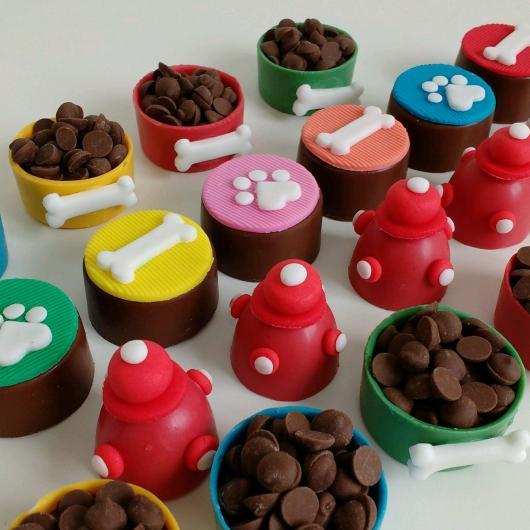 Doces Personalizados copinho de chocolate Patrulha Canina