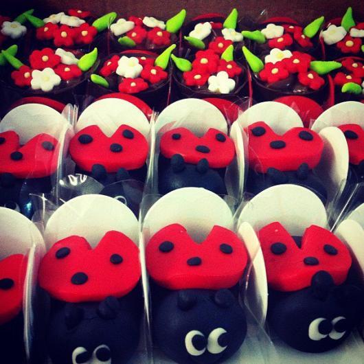 Doces Personalizados Ladybug bombom no formato de joaninha