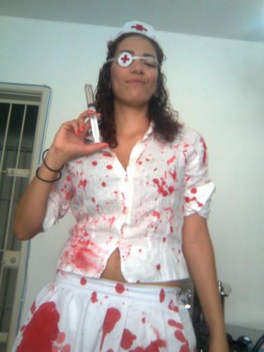 Fantasia de Enfermeira para Halloween com tampão de olho