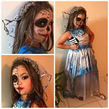 Fantasia Noiva Cadáver branco e azul