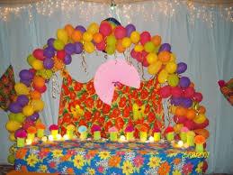 Festa Brega modelo de decoração com bexigas coloridas