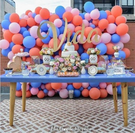 decoração festa adulto com balões