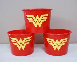 Festa Mulher Maravilha lembrancinha balde de pipoca personalizado