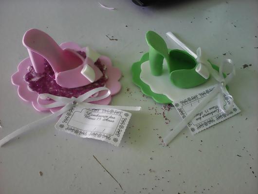 Lembrancinhas de 18 Anos em EVA mini sapatinho rosa