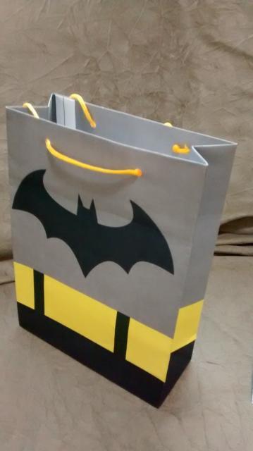 Sacolinha Surpresa Batman de papel