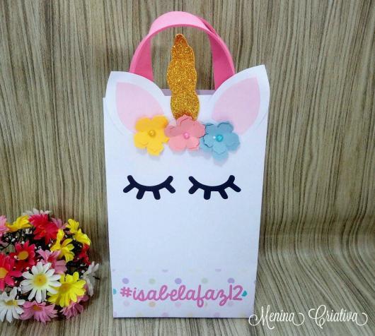 Sacolinha Surpresa unicórnio com florzinhas coloridas