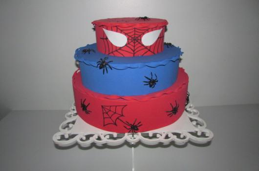 bolo fake homem aranha