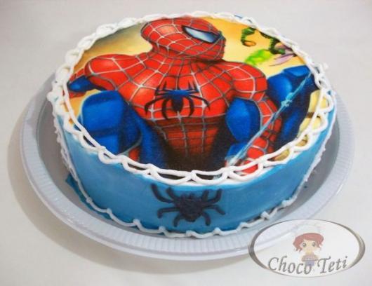 Bolo Mesversário Homem-Aranha com pasta americana e papel de arroz