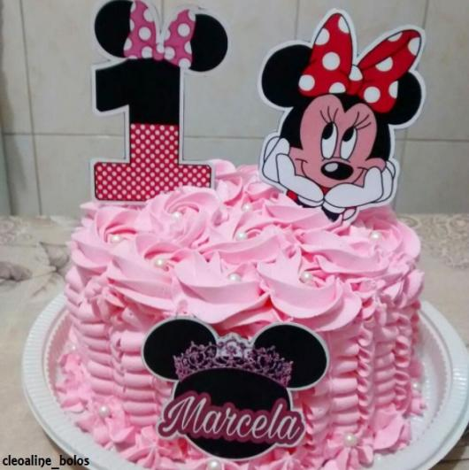 Bolo personalizado Minnie com glacê rosa