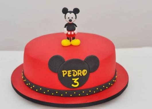 Bolo personalizado Mickey vermelho e preto