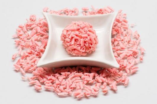 Doce bicho de pé gourmet com confeito rosa